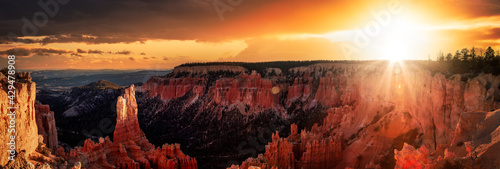 Photo Aerial panoramic view of the beautiful American Canyon Landscape