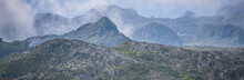 Picos De Europa Con Niebla Al Amanecer