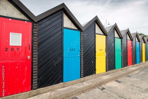 Obraz na plátně Beautiful colorful sea huts