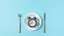 Meal Time, Restaurant Opening Hours, Etc. 食事の時間、飲食店の営業時間など