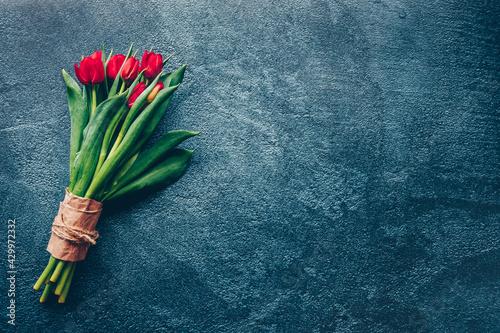 Billede på lærred Bouquet de tulipes rouges