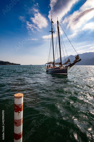 Lac de Garde italie Fototapeta
