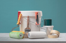 Professional Home Decorator And Painter Tools