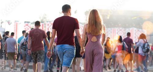 Obraz na plátně Summer music festival concert crowd