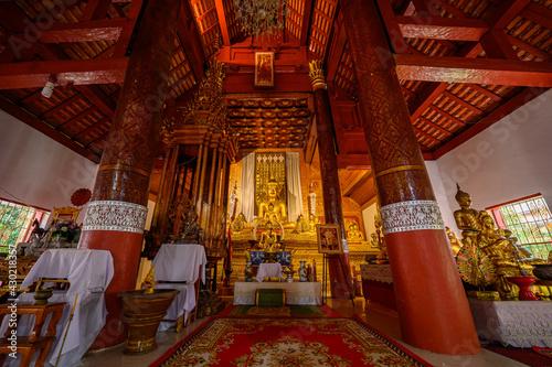 Fototapeta Wat Mahawan is Burmese and Lanna style Temple in Chiang Mai, Thailand obraz