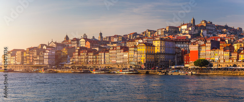 Canvas Print Colorful houses of Porto Ribeira, traditional facades, old multi-colored houses