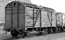 Marode Güterwaggons Auf Einem Abstellgleis