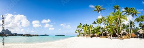 Foto Summer vacation at a luxury beach resort on Bora Bora, French Polynesia