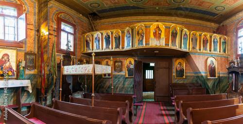 Cerkiew św. Paraskiewy obecnie kościół katolicki w Górzance, Bieszczady, Polska /  St. Paraskiewy, currently a Catholic church in Górzanka, Bieszczady, Poland - fototapety na wymiar