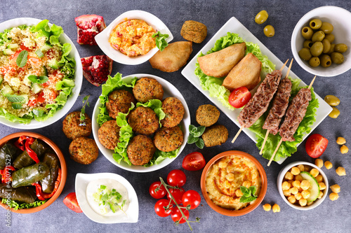 Tableau sur Toile assorted middle eastern and arabic dishes