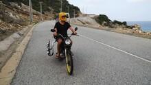 Motorcycle Road Trip, Kitesurfing Vacation Adventure On Vietnam Coast