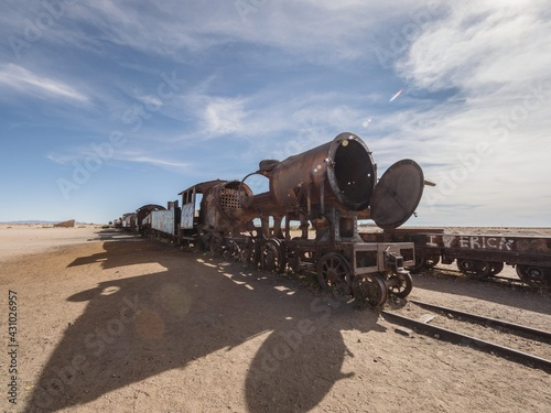 Fotografie, Obraz Old historic abandoned train engine locomotive ruins at Cementerio de Trenes cem