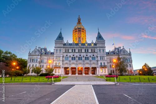 Fototapeta Connecticut State Capitol in downtown Hartford, Connecticut,  USA obraz