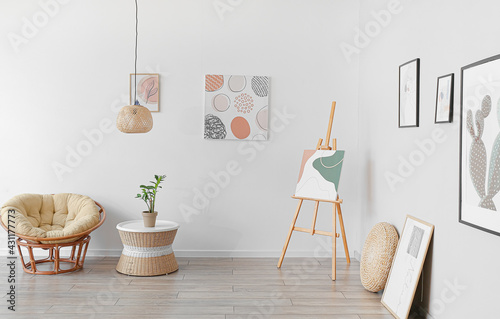 Fototapeta Interior of modern room with pictures obraz