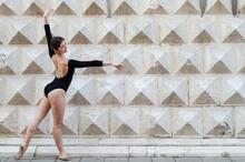 Ballerina Al Palazzo Dei Diamanti