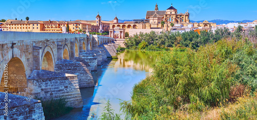 Photo Panorama of Guadalquivir river embankment, Cordoba, Spain