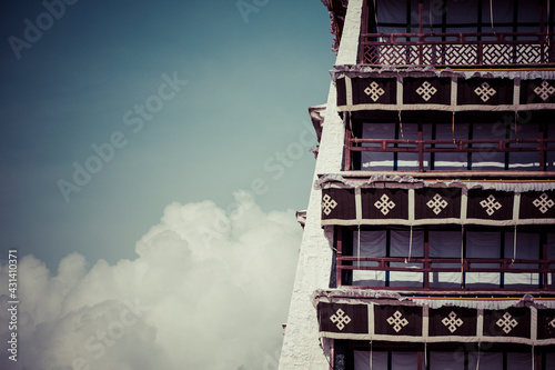 Tableau sur Toile Historic home of the Dalai Lama, Lhasa, Tibet