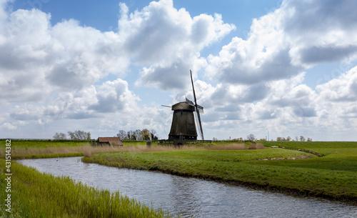 Photo Windmill in polder Schermerhorn in the Netherlands