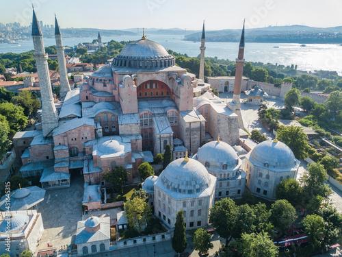 Fotografia Hagia Sophia in Istanbul. Aerial view