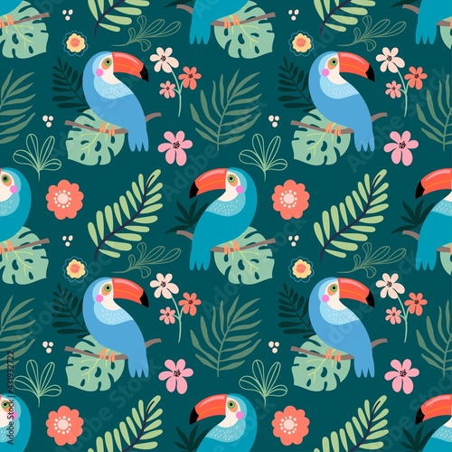 Fototapeta premium Tropical seamless pattern with toucans, flowers and leaves