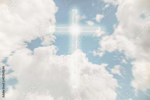 Carta da parati Christian cross appears bright in the sky background