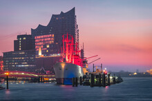 Germany, Hamburg, Museum Ship And Elbe Philharmonic Hall In Background