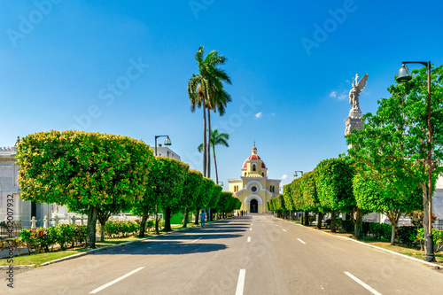Fotografie, Obraz Catholic chapel in the Colon Cemetery in Havana, Cuba.