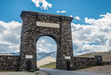 The Roosevelt Arch Welcomes Visitors To The North Entrance Of Yellowstone National Park.