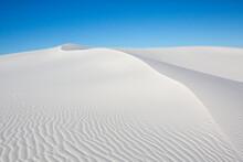 A White Sand Dune's Curved Ridge