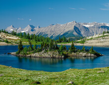 The Trail To Rock Isle Lake Begins In Banff National Park And Enters Mount Assiniboine Park, With Views Of The Peaks In British Columbia.