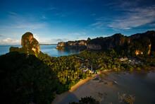 Hat Tham Phra Nang Peninsula Houses Rai Lay Beach, Phra Nang Beach, Krabi Province, Thailand