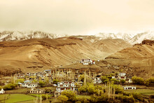 A Small Village On The Srinagar-Leh Highway.