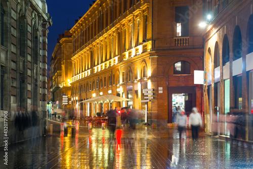 Fototapeta Lights of night city Toulouse on south of France. obraz