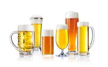 Verschiedene Biere Freigestellt Auf Weiß