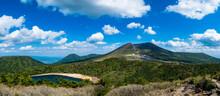 新緑のえびの高原_標高1200mにある自然豊かな美しい高原_韓国岳や池めぐり自然探勝路、甑岳など霧島山の登山が楽しめる
