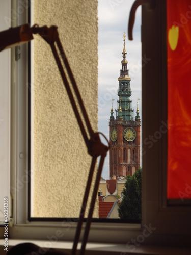 Fotografia, Obraz Widok na wieże w centrum Gdańska z okna akademika, Polska