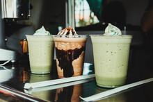 Bebidas Frías Con Sabor A Menta Y Chocolate A Base De Café