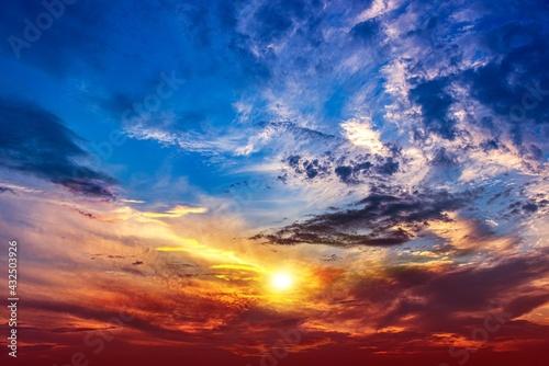 cloudy landscape of sunrise, background of nature Fototapet