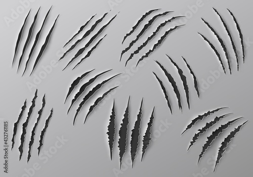 Fotografia Claw marks, scratches and torn traces of vector animal paw slashes