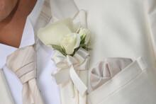 ブライダルイメージコサージュ、優雅で華麗、とてもエレガントで素晴らしい新郎の胸元