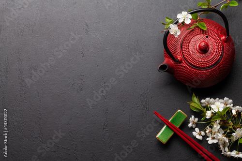 Fototapeta Japanese food background with cherry blossom obraz