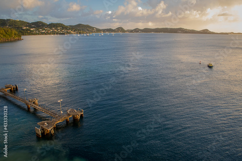Fotografie, Obraz jetty on Caribbean island