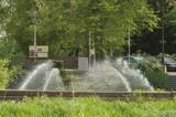 Fototapeta Tęcza - fontanna