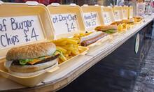 Fast Food / Streetfood Verkauf Am Marktstand