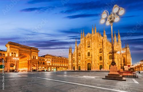 Fototapeta Milan, Italy - Cathedral Square