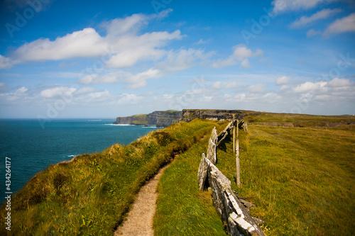 Fotografiet Spring landscape in Cliffs of Moher (Aillte An Mhothair), Ireland