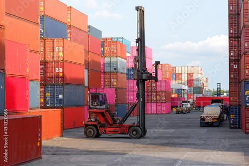 Billede på lærred Container truck in port for shipping container logistics business, concept expor