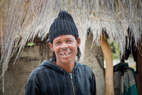 toothless African man Fototapeta