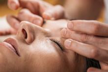 Thai Facial Anti Age Massage - Acupressure Techniques Of Traditional Thai Massage