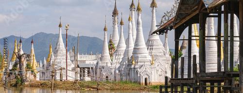 Photo Lake Inle pagoda